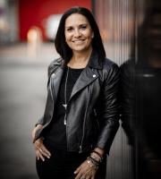 Anne Denonin