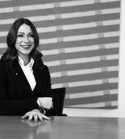 Lara Pair