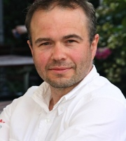 Daniel Burchard